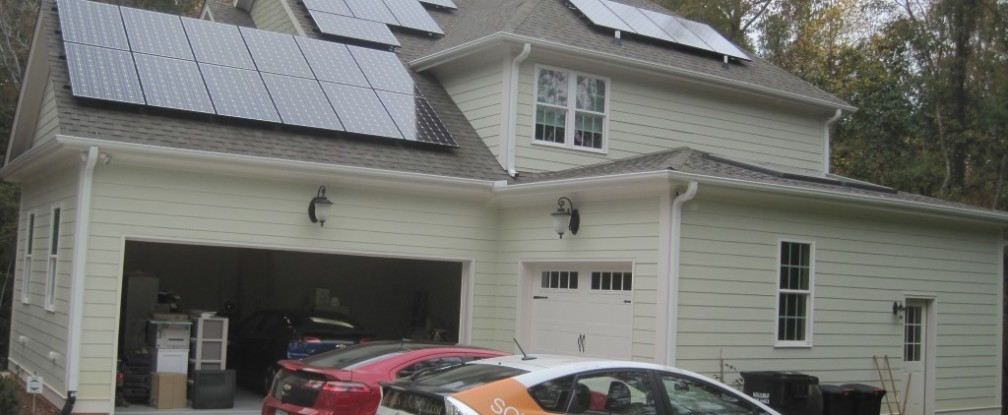 Solar Power and Electric Vehicles: a Perfect Match