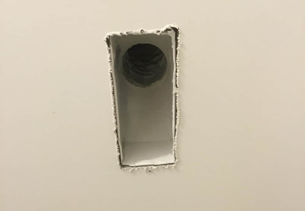 Duct boot with unsealed drywall edges