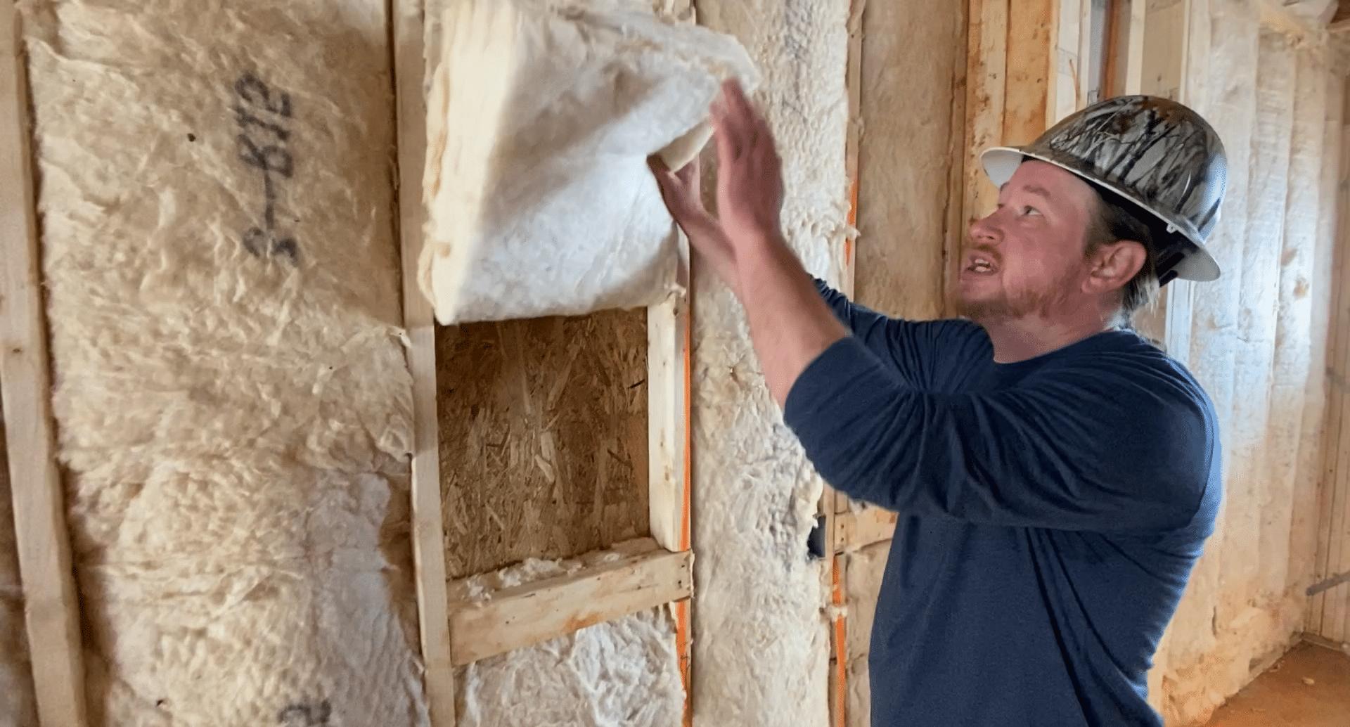 Matt from Southern Energy Management explaining Grade I insulation