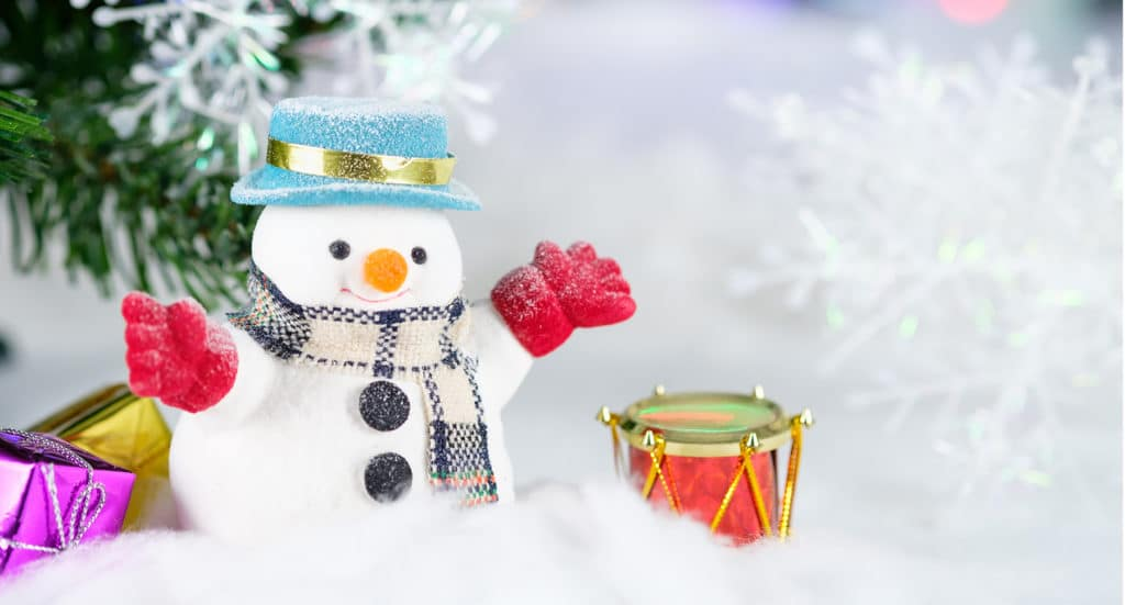 Holiday Snowman with Drum